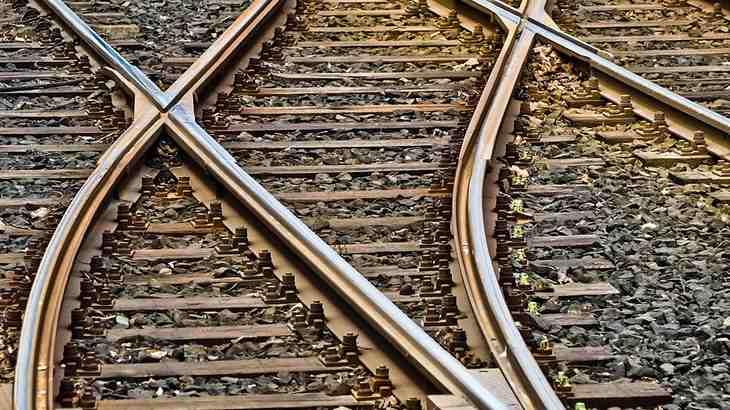 ネットで電車の運行・遅延情報を知る方法